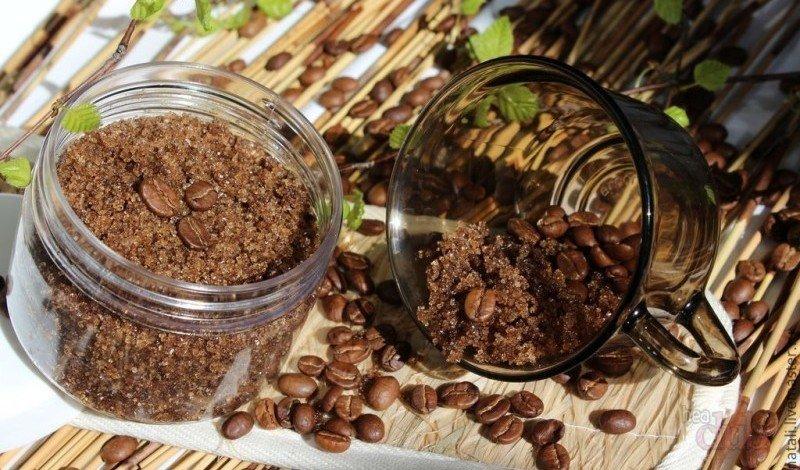 Скраб из кофейной гущи для лица и тела, для похудения от целлюлита. Рецепты с медом, солью, сахаром, маслом. Как приготовить и применять в домашних условиях