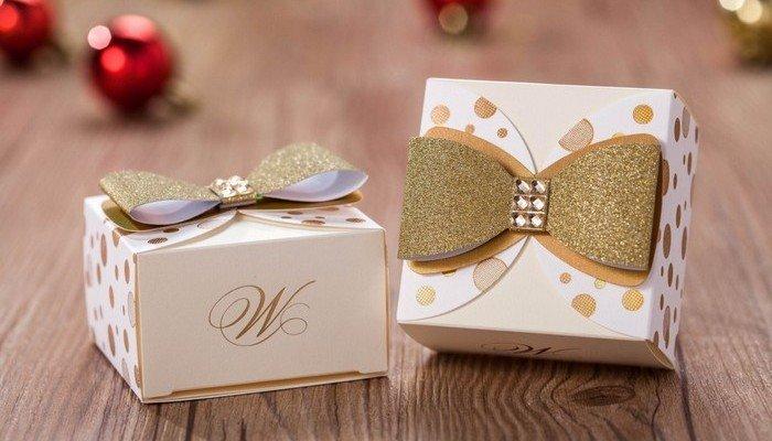 Запаковать подарок